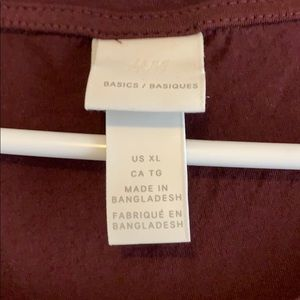 H&M Tops - XL H&M basic tee. Maroon/wine.